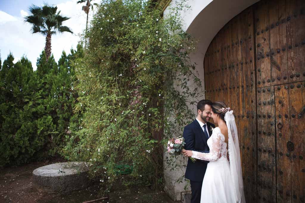 Boda en San Nicolas y El Capricho, foto de pareja